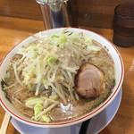 のろし - 料理写真:醤油ラーメン 肉一枚 700円