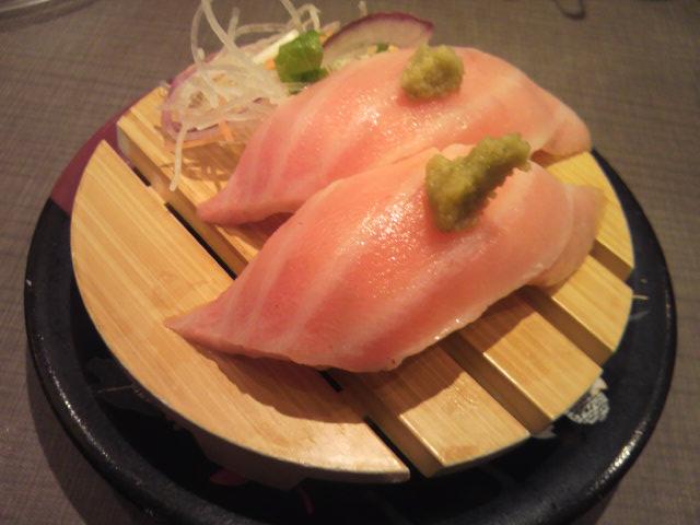 回転寿司 すし丸 三吉店