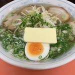 ひだるか屋 - 塩ラーメン+バター♡¥750(税込)+¥50