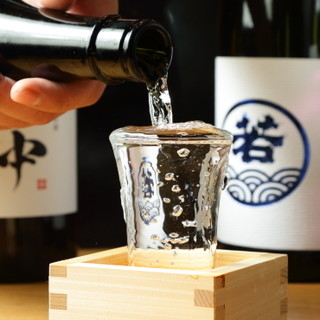 九州色を出した日本酒や焼酎、ハイボールなどをご用意