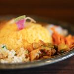 ナゴヤスパイスカレー nora  - サイドの野菜☆