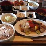 魚とワインとイタリアン リバーカフェ - 料理写真:若鶏のみぞれ煮 柚子胡椒風味