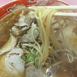 上海総本店 - 食べ飽きることがない中華麺