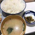 福与志 - 定食のご飯、味噌汁、お新香