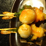 炭火焼肉香味苑 - 海老と大葉巻のうずら揚げ