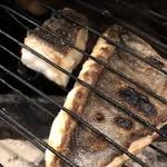 アラルデ - 石鯛の薪炭焼き