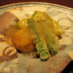 赤坂 渡なべ - 天ぷら 丸茄子、海老真薯、グリーンアスパラガス 煮卸し