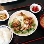 京華 - 油淋鶏 定食 ¥700 + 税