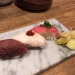 伊勢佐木町 肉寿司 - 肉寿司