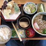 Sobadokoroyamashina - 天ぷらそば定食(1380円)