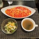 Musha Tora 赤坂 - 上空から 卵とトマトの北京風ライス