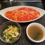 Musha Tora 赤坂 - 卵とトマトの北京風ライス全景