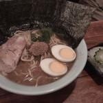 つけ麺SAKURA - ラーメン 並 トッピング海苔