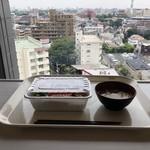 NHK放送技術研究所 食堂 - いつもの席(毎年ここ)