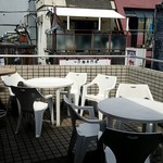 ベルサイユの豚 - テラス席