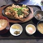 阿蘇グリーンヒルカントリークラブ - 料理写真:生姜焼き定食