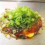 あまんじゃく - 料理写真:麺無しお好み焼き+ネギ100円+生イカ200円