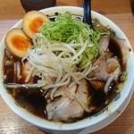 麺屋 龍玄 - チャーシュー麺、煮玉子トッピング