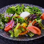 福亭 - 季節の恵みサラダ