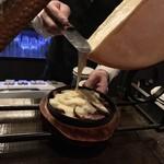 108839315 - BATTRY(バッテリー)(東京都大田区西蒲田)ラクレットチーズ 合鴨パストラミ 1,500円