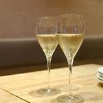 108847410 - スパークリングワイン(ラ ロスカ カヴァ ブリュット)¥500