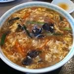 燕煕楼 - 酸辣湯麺