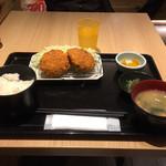 大衆酒場 北海道ながまれ 外苑前 - メンチカツ定食