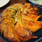 なかよし餃子 エリザベス - 豚と生姜&羊とクミンの焼餃子