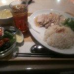 新嘉坡鶏飯 - チキンライスラージ 790円