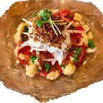 丸ごと玉ねぎとトマトのサラダ 自家製オニオンドレッシング