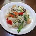 台湾料理 夏 - イカとエビの炒め