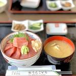 うろこいち - 中とろ鉄火丼(2,100円)