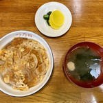 食事ハウス つの田 - 料理写真:カツ丼(単品)