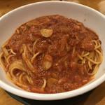 カプリチョーザ - トマトとニンニクのスパゲティ(取り分けサイズ)‥ 1,870円