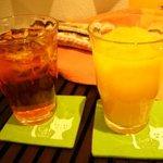 ねこJaLaLa - フルーツティ・オレンジジュース