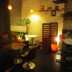 PARADISE CAFE MODERNS - ゆったりしたセンスある空間です!