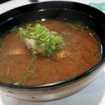 魚べい - あさりの味噌汁