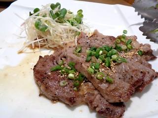 ネオ ガーデン カフェ - ステーキ
