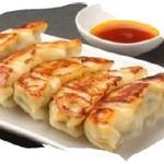 肉餃子 or さば餃子