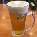 サイゼリヤ - キリン一番搾り ジョッキ 399円。