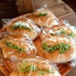 焼きたてパン 童夢 - 料理写真: