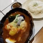 ルッカパイパイ - チキンベジタブル+チーズ+ピッキーヌマサラ 1150円