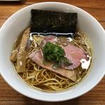 108915897 - 「醤油そば」(鶏清湯)750円
