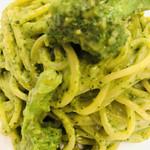 トラットリア パスクアリーノ - バジリコスパゲティ    アップ