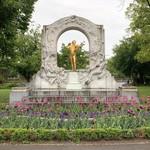 Meierei im Stadtpark - ヨハンシュトラウス像