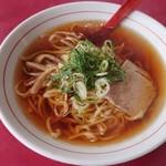 珍来軒 - ラーメン(太麺)