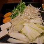 和食さと - 鍋野菜盛り合わせ