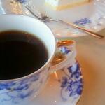 シルクロード - コーヒーとチーズケーキ