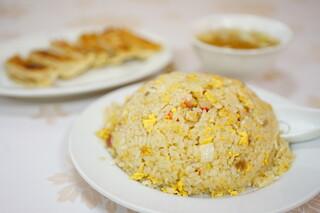 萬里 - 炒飯 (¥810)、焼餃子 (¥367)