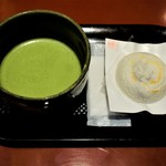 108935952 - 抹茶セット 610円